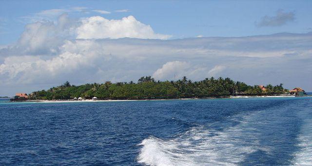 800px-Maldives_00212