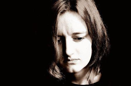 800px-Sad_Woman