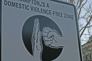 800px-Domestic_violence_free-zone