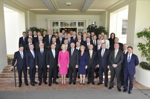 800px-Quentin_Bryce_with_the_newly_sworn_in_Abbott_Government