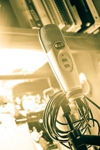 398px-CAD_u37_Condenser_Microphone