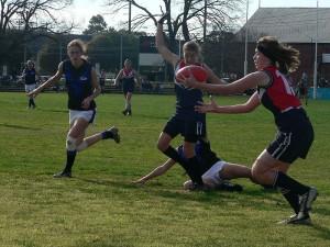 800px-Womens_australian_football_3